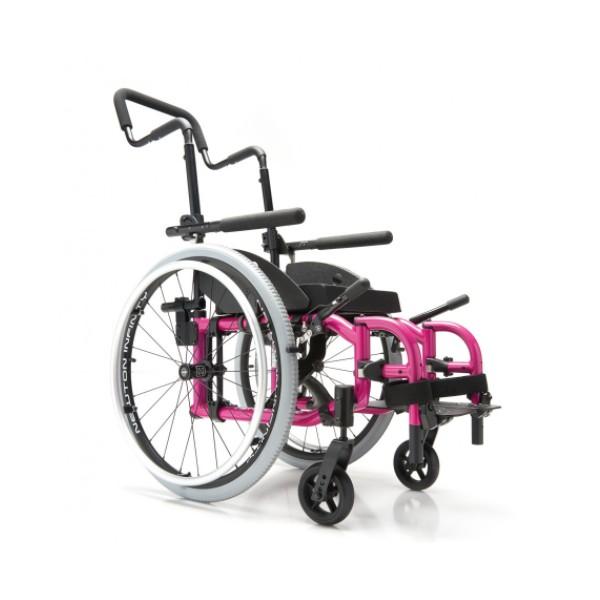 fauteuil roulant pliant pour enfants helio kids motion composites la maison andr viger. Black Bedroom Furniture Sets. Home Design Ideas