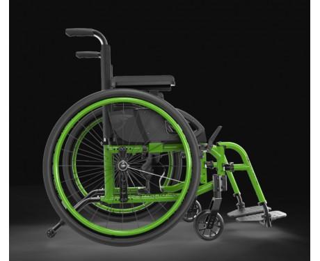 Ultra-light folding wheelchair Helio A6