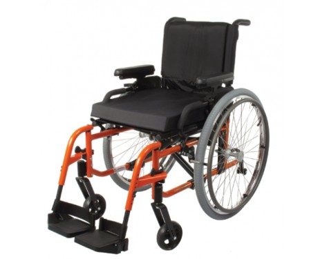 Ultra-light folding wheelchair Quickie LXi